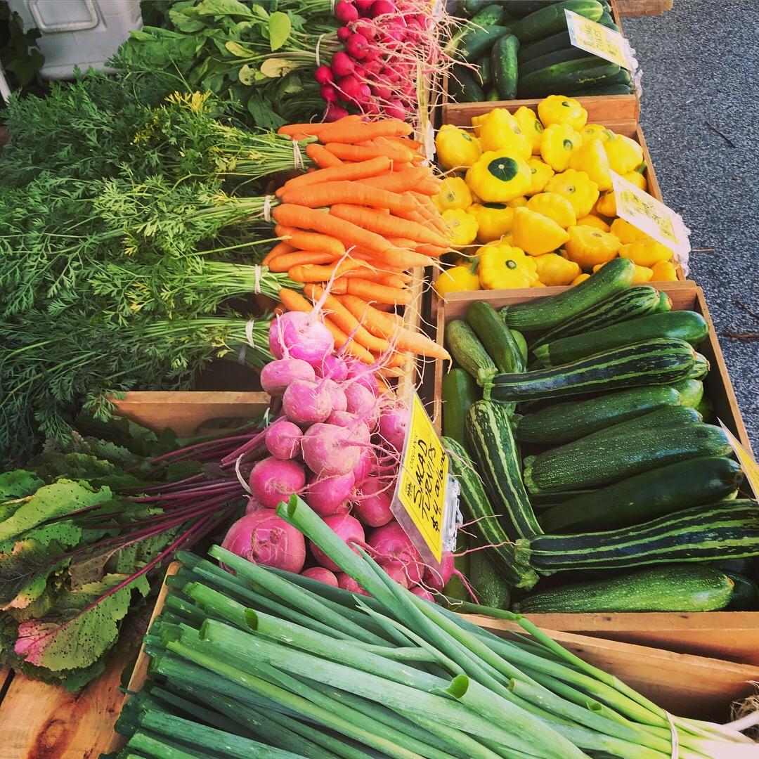 farmers' market schedule